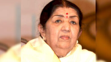 Photo of Lata Mangeshkar discharged from hospital
