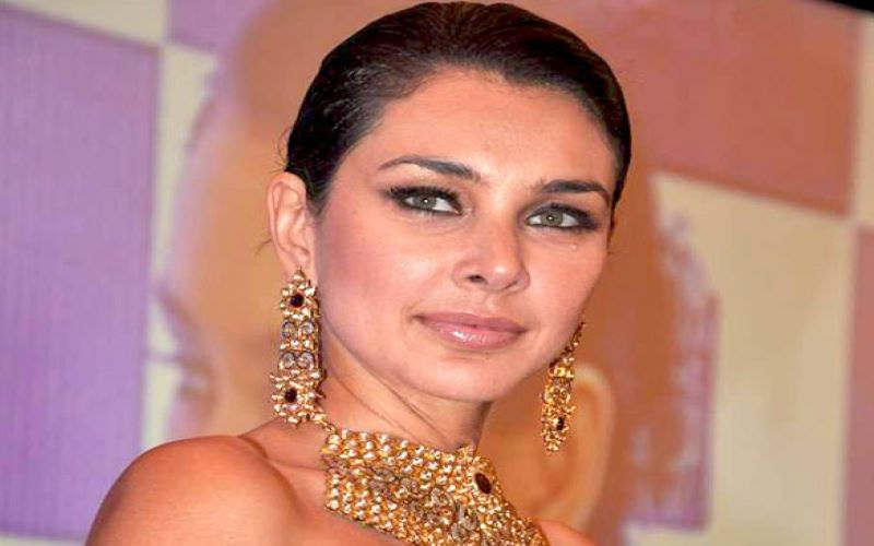 Lisa Ray shares 'free and unfiltered' photo