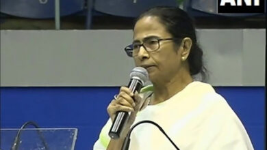 Photo of Mamata Banerjee calls meeting to discuss NRC, CAB strategy
