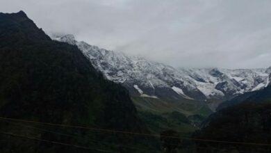 Himachal Pradesh: Fresh snow near Manali