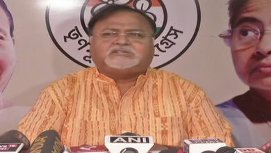 Photo of WB: TMC leader accuses Governor of being politically biased