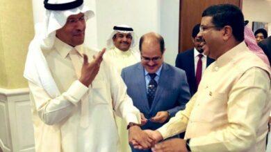 Photo of Pradhan meets Saudi counterpart, discusses boosting energy ties