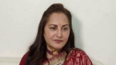 Photo of Jaya Prada hits out at Akhilesh for supporting Azam Khan
