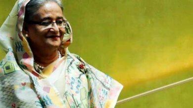 Photo of Hasina honoured with 'Vaccine Hero Award' in NY