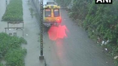 Photo of Maharashtra: Heavy rains disrupt train services