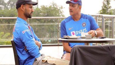 Photo of Here's how Ravi Shastri and Shikhar Dhawan spent their morning!