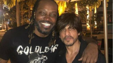 Photo of Chris Gayle shares pic with Shah Rukh Khan