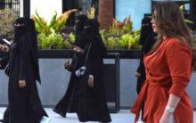 Saudi woman turns heads as she walks through mall without abaya