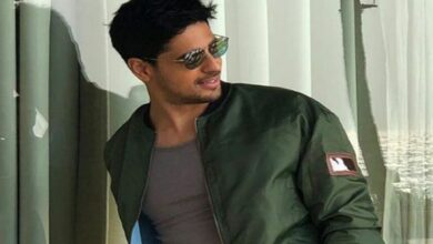 Photo of Sidharth Malhotra injured after mishap in Kargil