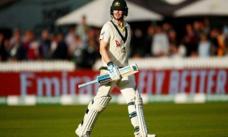 Australia post target of 383 runs for England to win