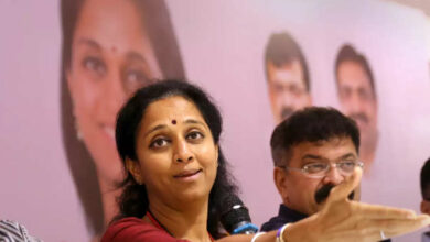 Photo of NCP leader Supriya Sule harassed by Mumbai cabbie