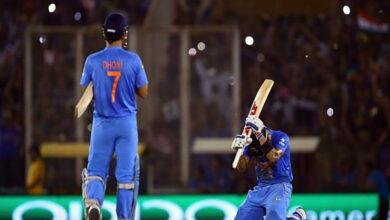 Photo of Kohli remembers 'special night' when Dhoni make him run like