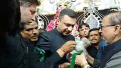 Photo of Akbaruddin Owaisi visits Bibi Ka Alawa