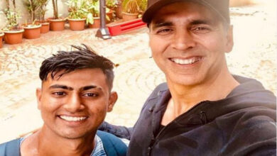 Photo of Here's what Akshay Kumar's fan did for the star
