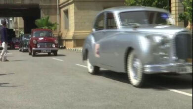 Photo of Bengaluru: Governor Vajubhai Vala flags off Vintage car rally