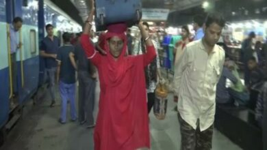 Photo of Meet the woman coolie at Bhopal's railway station