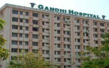 Etala, Talasani visit Gandhi Hospital, slam Congress