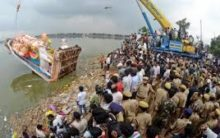 Giant sized Khairatabad Ganesh immersion to be finished by 2 pm