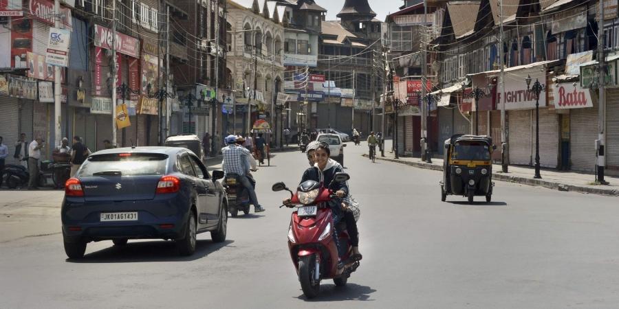 Shops reopen in Kashmir post-Art 370 abrogation