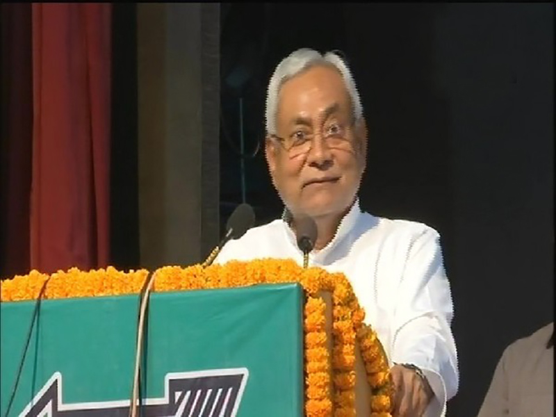Nitish Kumar vouches for full statehood for Delhi