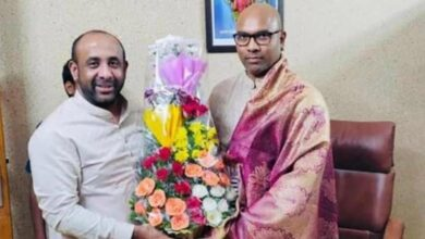 Photo of TRS MLA Shakeel meets MP Arvind, may join BJP