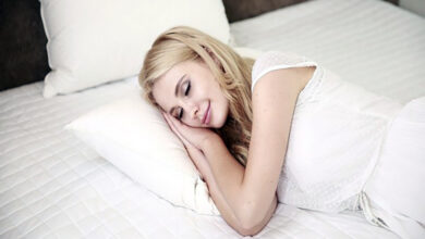 Photo of Young women sleep more than young men, finds new study