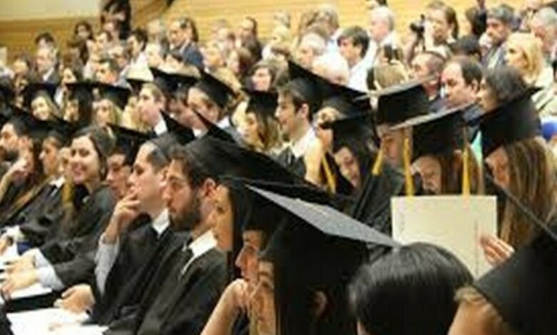 UK to extend work visas for foreign students by 2 yrs