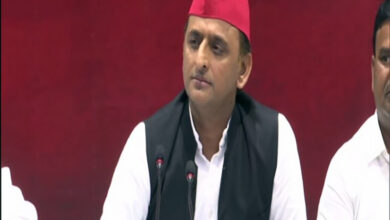 Photo of Akhilesh snubs Shivpal, rules out alliance