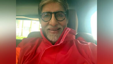 Photo of Amitabh Bachchan feels elated on Aaradhya's school performance