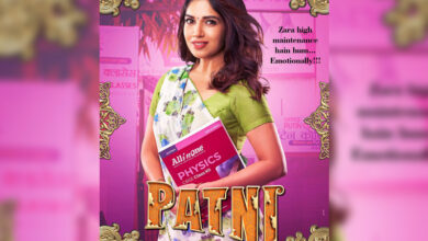Photo of Bhumi, Ananya share their first looks from 'Pati Patni Aur Woh'
