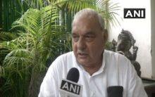 Hooda mocks BJP for escalating onion prices