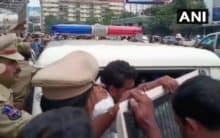 Protesting Congress, RTC workers detained in Hyderabad