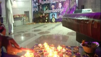 Photo of Locals pay tribute to Bravehearts' on Diwali in Bhopal temple