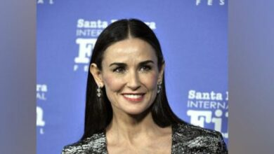Photo of Demi Moore's 'Inside Out' enters best sellers list