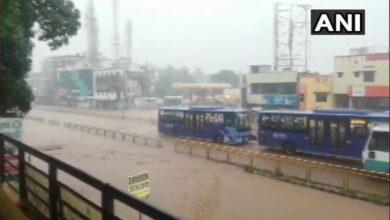 Photo of Karnataka: Heavy rains lash Dharwad, roads waterlogged