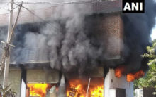 Himachal Pradesh: Fire breaks out at a godown in Mandi district