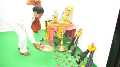 Photo of Telangana CM KCR performs vehicle and Weapon Pujas