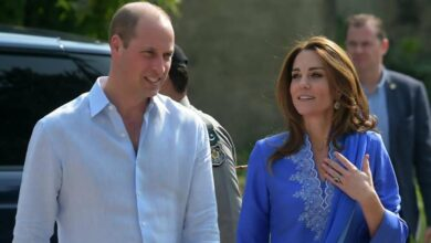 Photo of Duchess of Cambridge wows in traditional dress on Pak visit