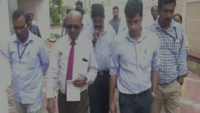 Photo of Kochi : Demolition expert Sharath B Sarwate visits Maradu flats