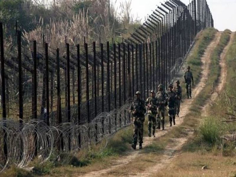 J-K: Pak violates ceasefire in Shahpur, Qasba sectors
