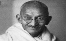 Mahatma Gandhi's ashes stolen, photo defaced