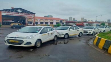 Photo of Meru launches cab booking service at Mumbai's CSMT Railway Station