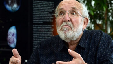 'Humans will not migrate to other planets,': Nobel Prize winner