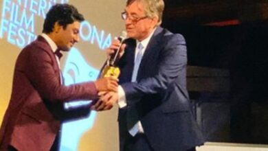 Photo of Nawazuddin receives Golden Dragon Award at Cardiff Film Fest