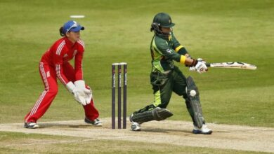 Photo of Nida Dar first Pak woman cricketer to sign with an overseas T20 team