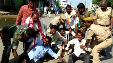 Photo of Clash between police, RTC workers in Parakala as strike continue