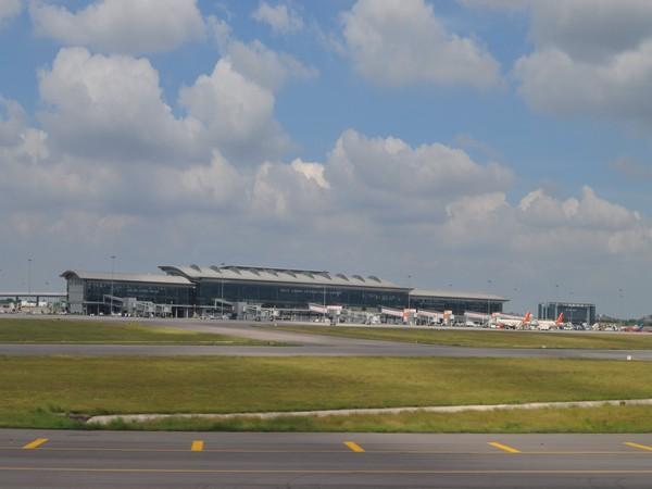Hyderabad: Swedish national creates ruckus aboard flight