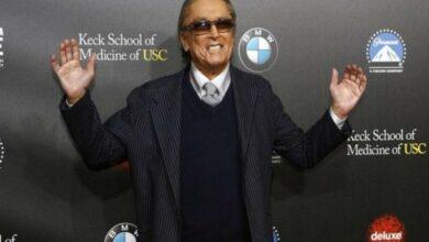 Photo of Paramount executive producer Robert Evans dies at 89