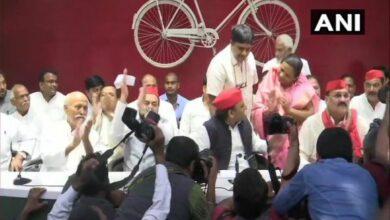 Photo of Phoolan Devi's sister joins Samajwadi Party