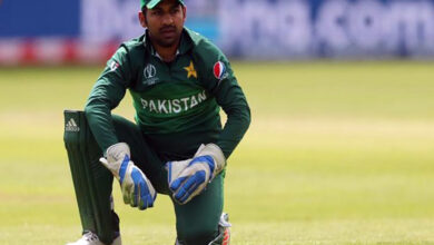 Photo of Sarfaraz Ahmed sacked as Pakistan Test and T20I skipper